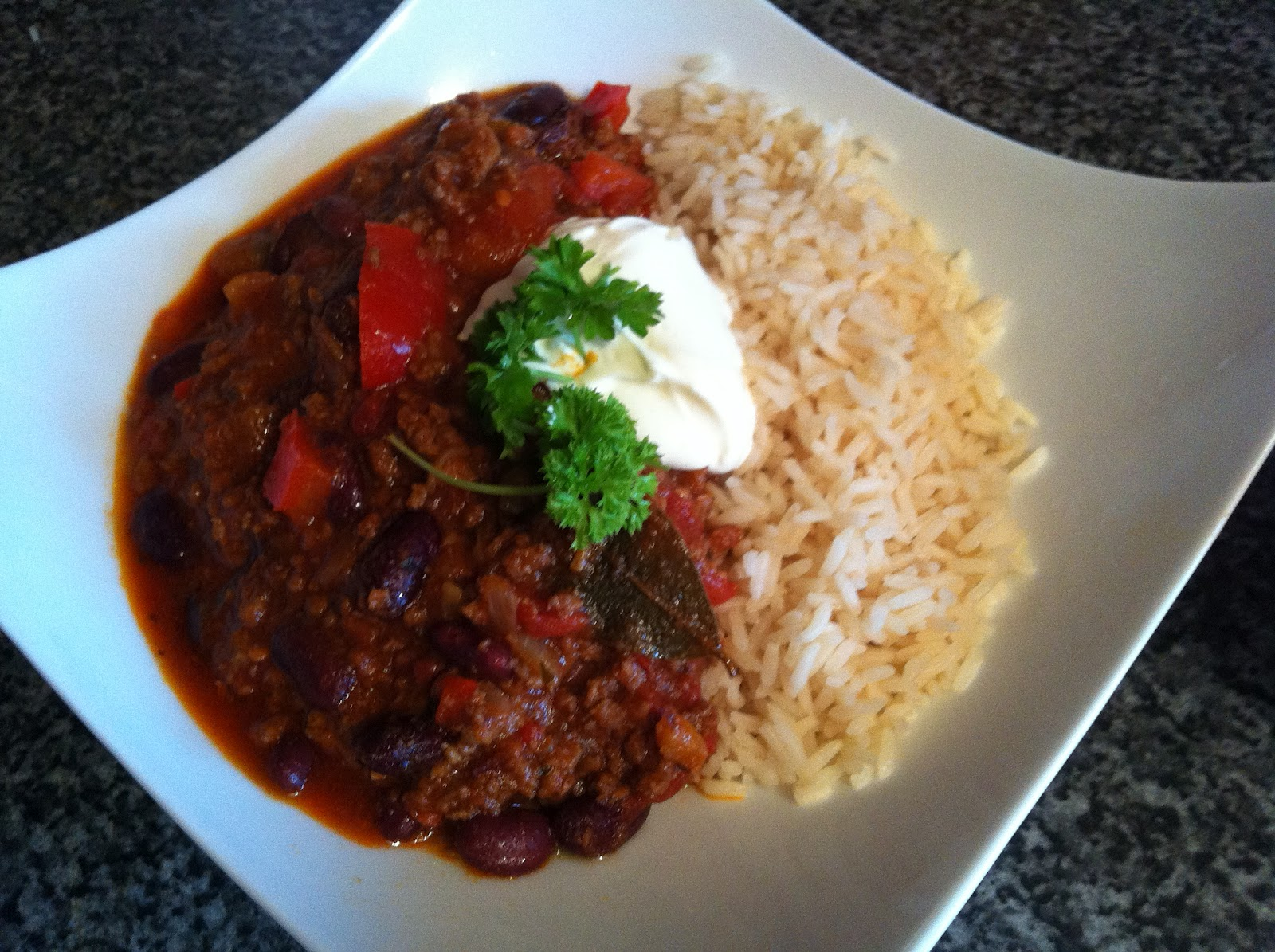 easy chilli con carne with a posh twist recipe. Black Bedroom Furniture Sets. Home Design Ideas