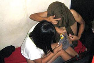 http://3.bp.blogspot.com/-9GBqJ3GrlMA/UL3BSBRRvsI/AAAAAAAADD4/RutL1i05dAA/s320/warnetmesumdiwarnet.jpg