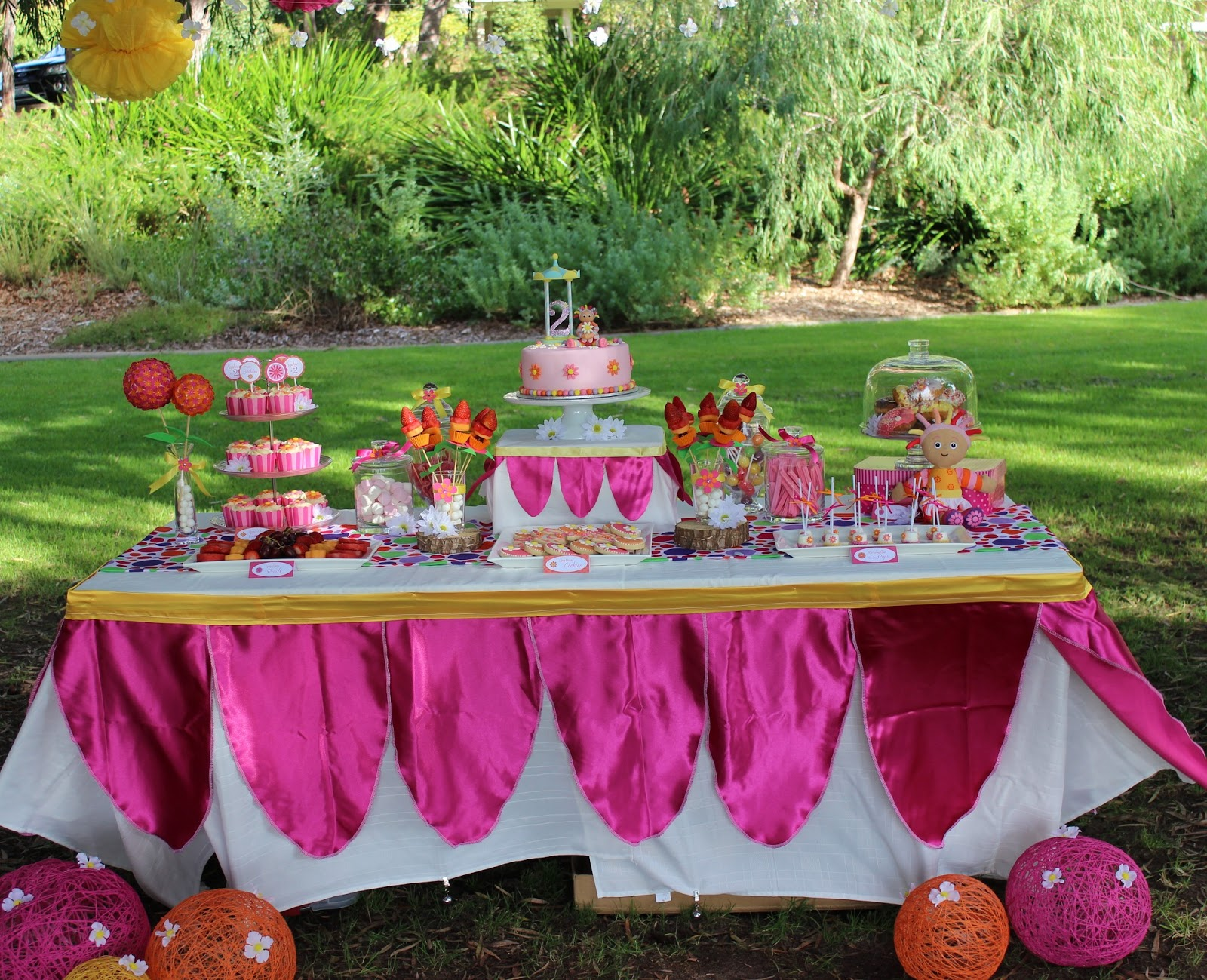 In The Night Garden Party Ideas Piece of cake upsy daisy party real party feature upsy daisy party real party feature workwithnaturefo