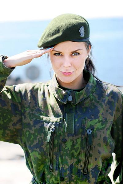 SGT Aeryn Noble Beautiful+Russian+Women+Army+%25287%2529