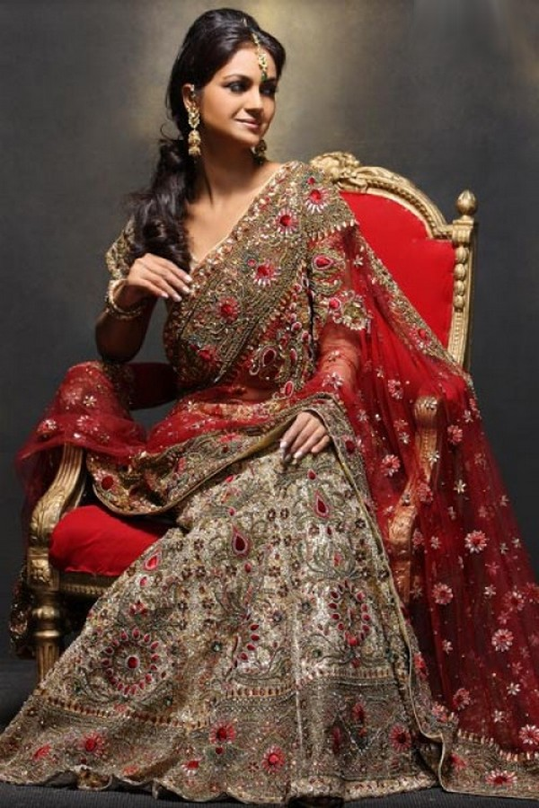 latest indian wedding sarees - photo #8