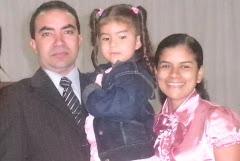 Eu minha linda esposa Miss. Fabiana e nossa filha Thayla
