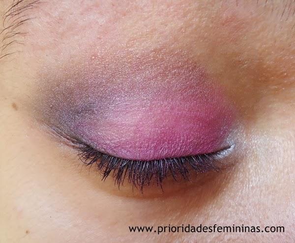 sombra rosa e marrom maquiagem