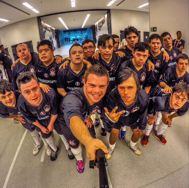 Corinthians vence, se classifica e iguala recorde diante da Portuguesa