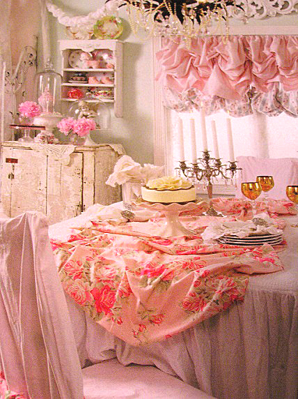 Cutepinkstuff and more it 39 s here for Casa magazine