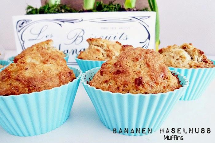 Bananen-Haselnuss Muffins