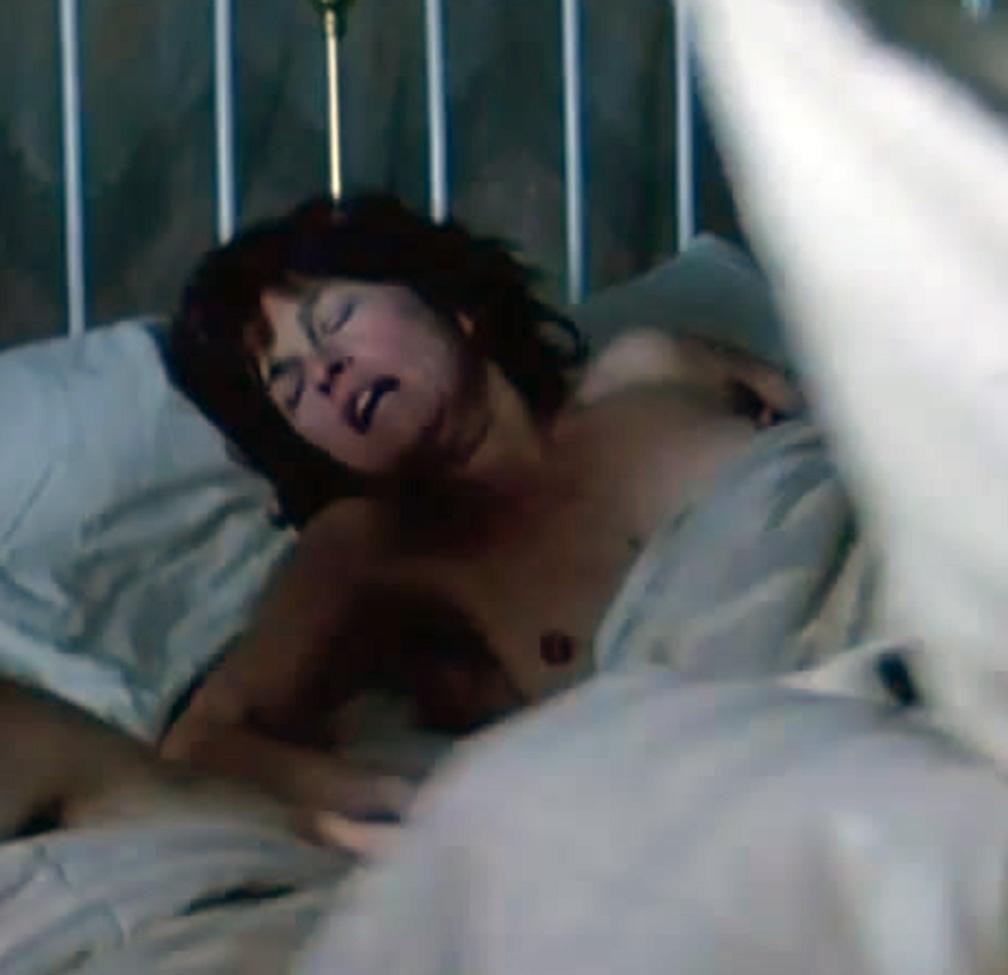 "Celebrity Nude Century: Genevieve Bujold (""Coma""): celebritynudecentury.blogspot.com/2013/04/genevieve-bujold.html"