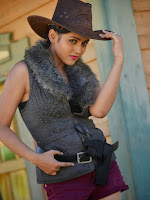 Mishti Chakraborthy Dazzling photo shoot with Horse-cover-photo