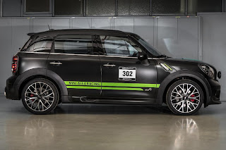 Mini John Cooper Works Countryman All4 Dakar Winner 2013 (2013) Side