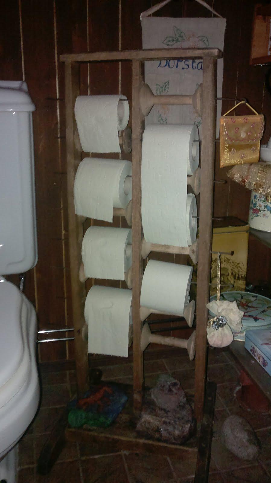 Vanha lankarullateline muuttui vessapaperitelineeksi
