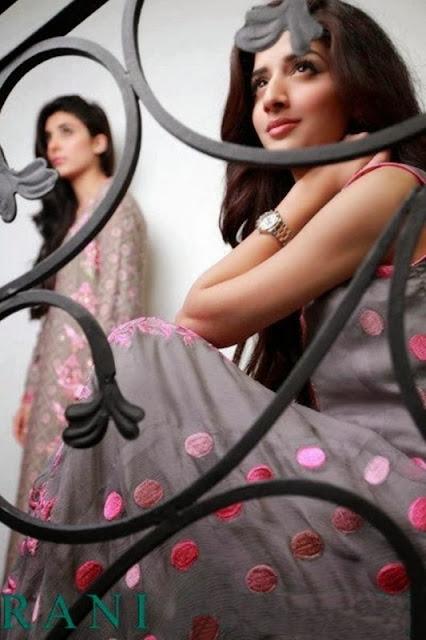Actress Urwa Hocane & Mawra Hocane Photoshoot