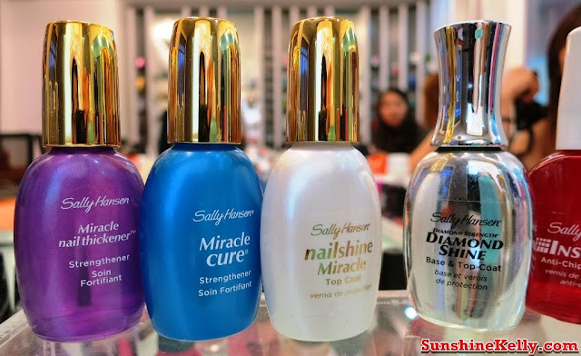 Sally Hansen, Nicole by OPI, Nail Workshop, Giveaway, nail care, nail colors, nair art, nail treatment, Sally Hansen Top and Base Coat