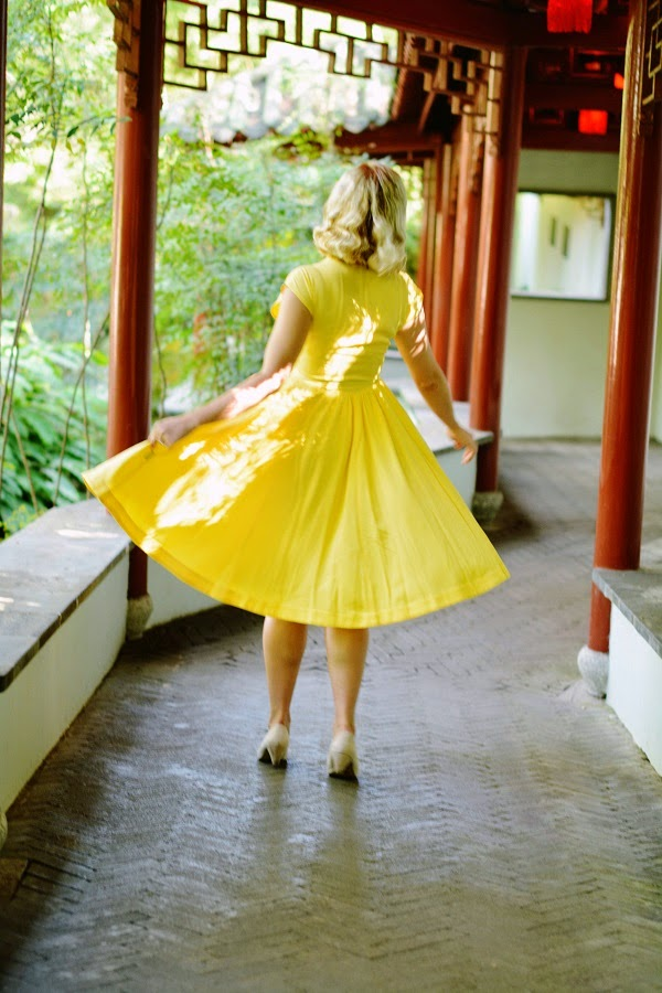 Flashback Summer: Vintage at Heart - Chinese Garden of Friendship Outfit