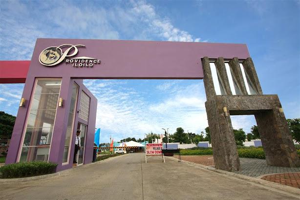 Modern Main Entrance Gate Design