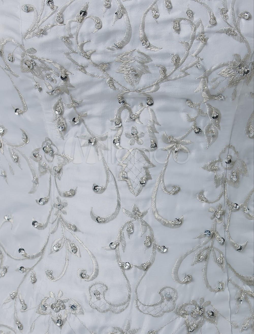 China Wholesale Dresses - Elegant White Ball Gown Strapless Taffeta Pongee Beading Embroidery Wedding Dress