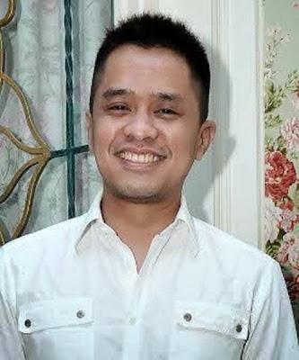 Foto Rio calon suami Oki Setiana Dewi