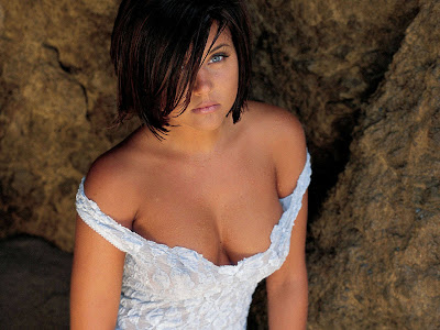 Tiffani Thiessen Hot Photo