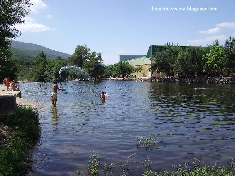 La encina vecina c ceres en verano jerte for Portugal piscinas naturales
