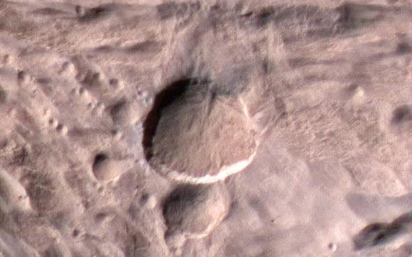 Planet Mars Ditumbuk Asteroid Seukuran Truk Tronton