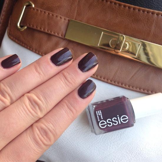Essie Carry On | Essie Envy
