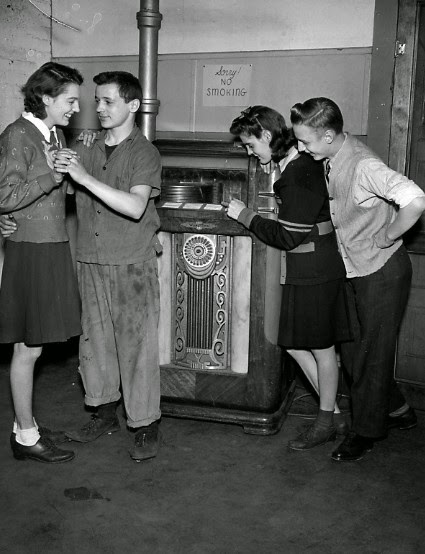 Jukebox Jill's & Johnnie's !
