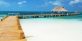 1. Isla Majeres, Meksiko