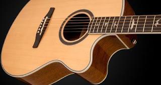 come cambiare corde chitarra acustica