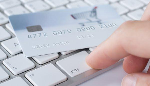 CAPITAL CONTROLS: ΤΕΛΟΣ στο μπλόκο για συναλλαγές μέσω καρτών με το εξωτερικό