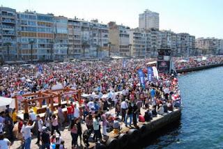 İzmir Alsancak kordon boyoz festivali