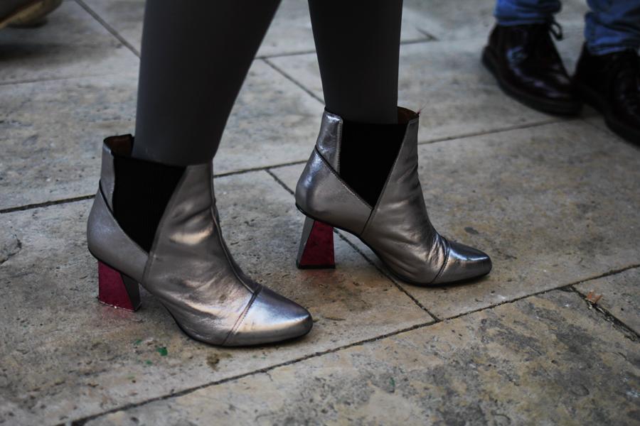 mq fashion silver boots