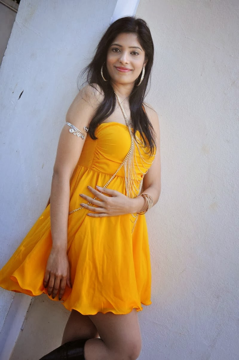 Pragathi Latest Spicy Photos in Yellow Dress