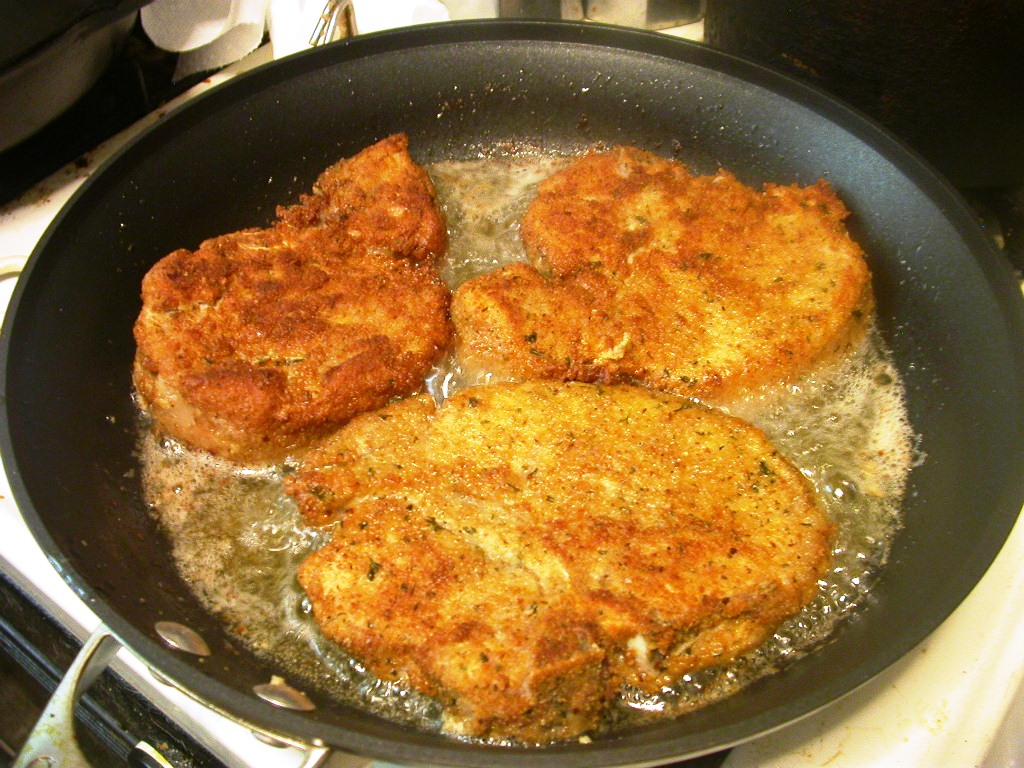 Breaded Pork Chops (Skillet style) | Delicious Dining | Pinterest