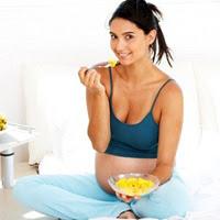Lập chế độ ăn cân bằng cho mẹ bầu