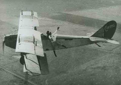 gambar pesawat terbang