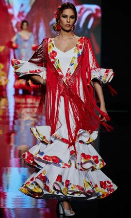 trajes de flamenca Lina 2013