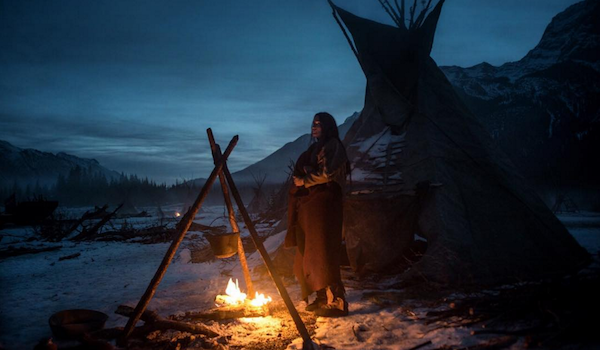 Notably filmed using as much natural lighting as possible director Inarritu delivers a crisp beautiful arrangement of impressive cinematography (with the ... & all the hits so far: review//THE REVENANT azcodes.com