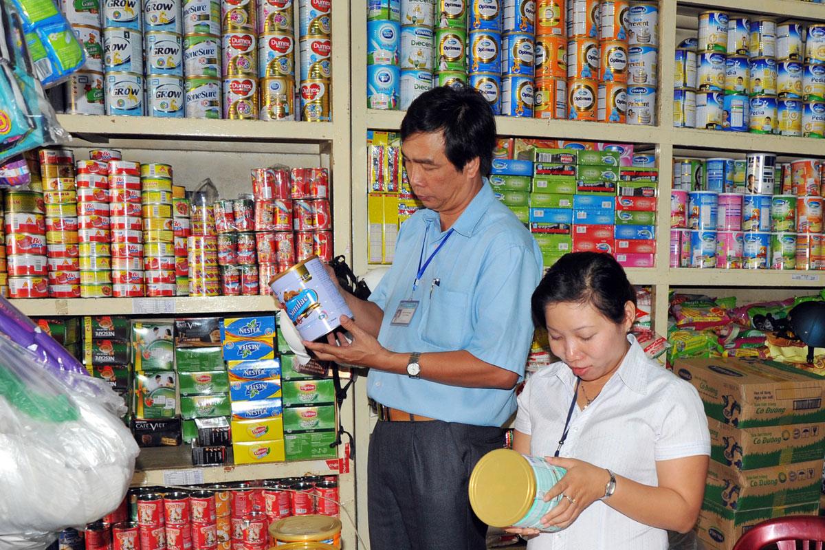 Gia Lai: Triển khai công tác kiểm tra, thu hồi lô sữa nghi nhiễm khuẩn gây độc