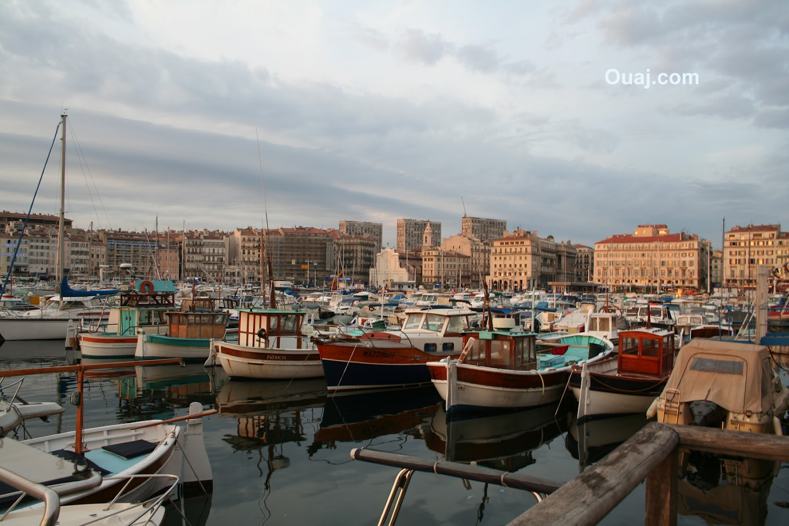 Summer in marseille through the eyes of a film student - Restaurant le vieux port marseille ...