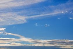 Wolkenschichtenwaage...