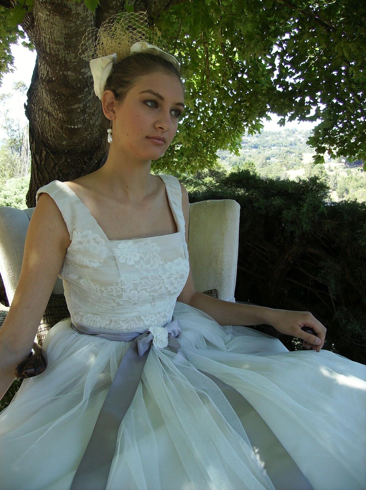 BRIDE CHIC: THE FINE ART OF CHOOSING A NECKLINE