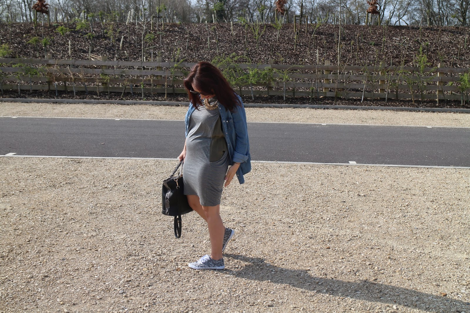 Maternity wear, Maternity street style, street style, fashion, all saints, fbloggers, casual ootd, outfit inspiration, topshop, what to wear when pregnant, fashion style