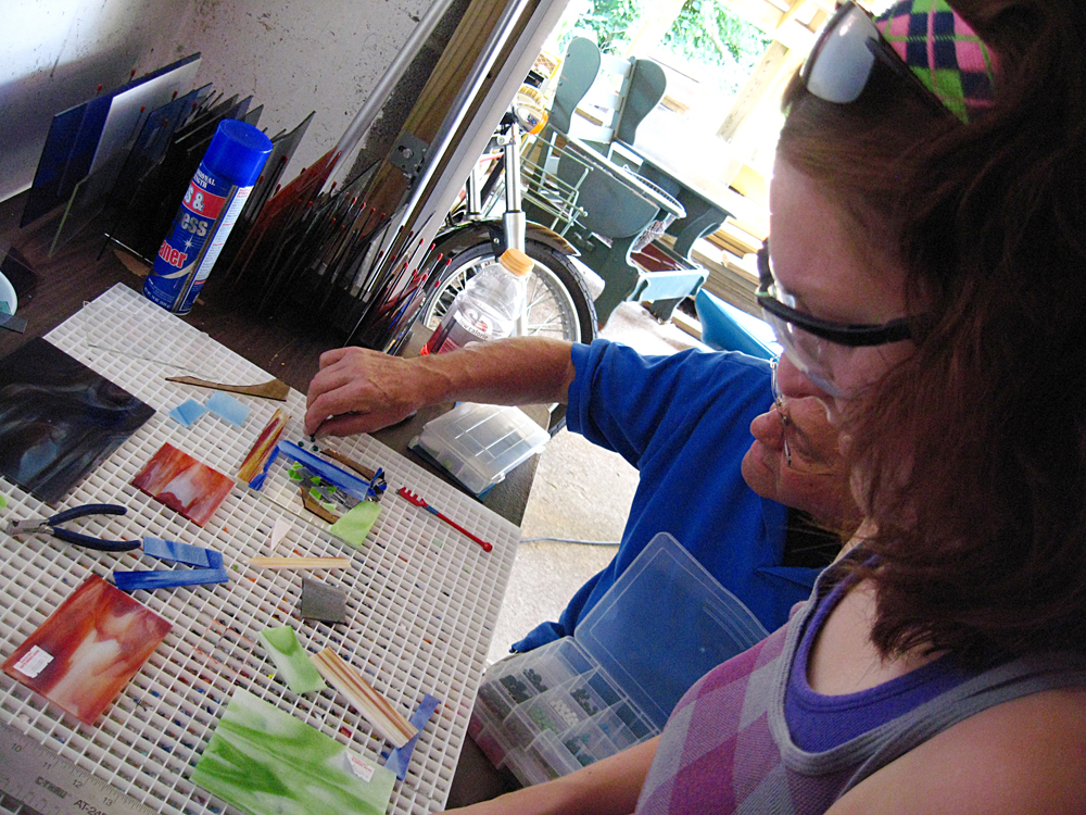 National Craft Month, fused glass class, Knoxville, Tennessee, Sassy Glass Studio, beginner fused glass class