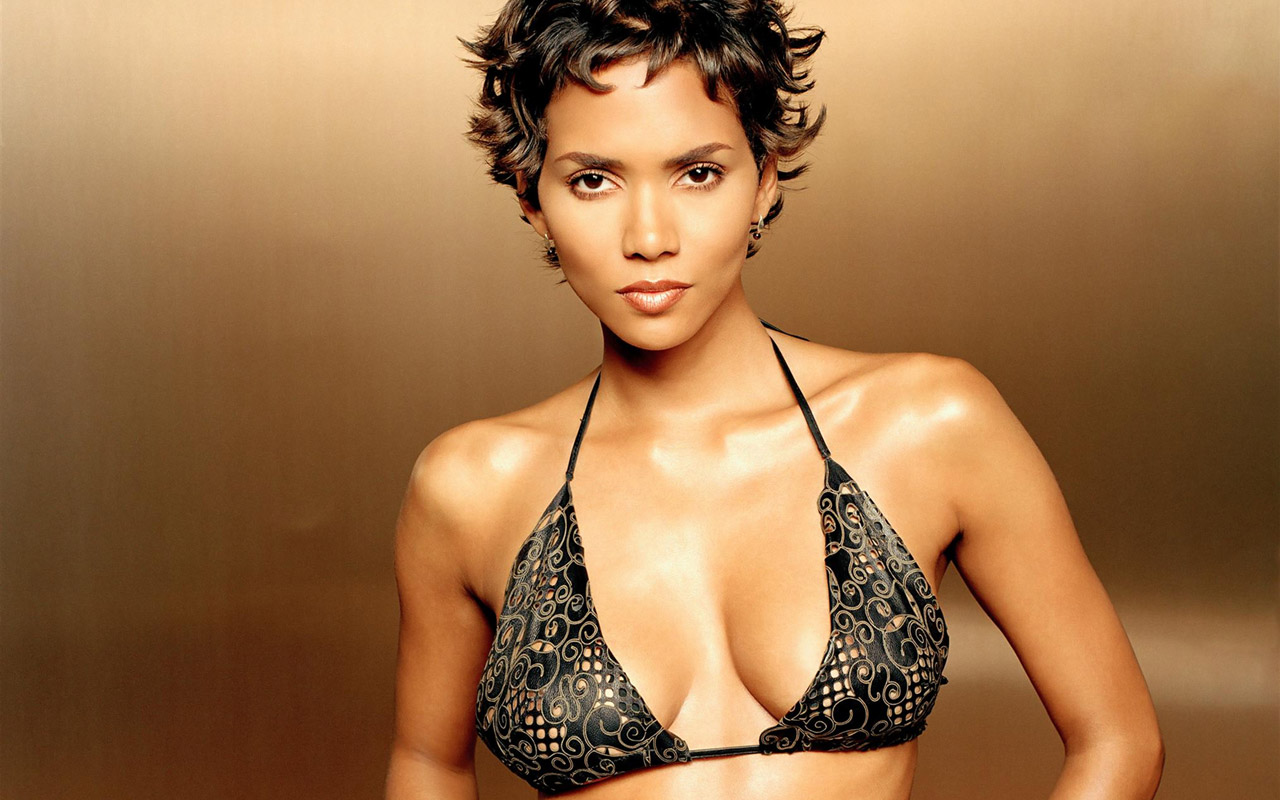 halle berry Check out halle berry nude plus all your favorite celebs here at mr skin, home of the hottest naked celebrity pics and sex scenes.