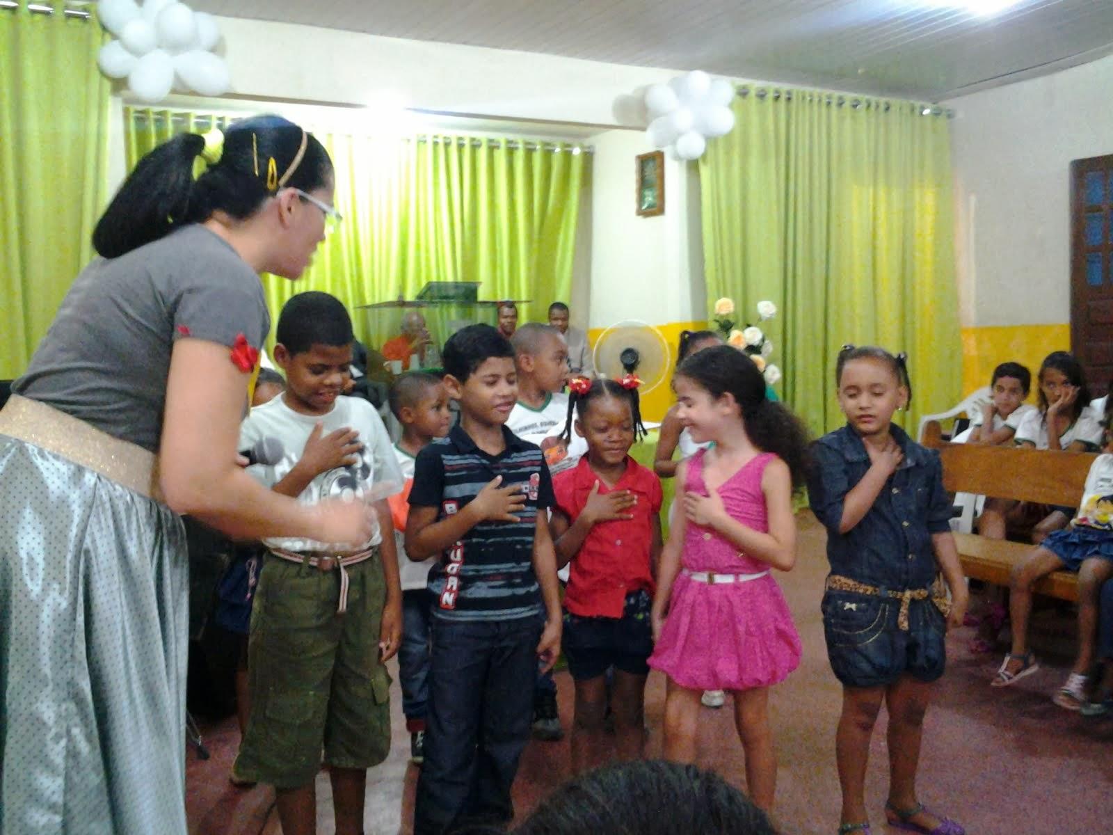 Tem coisa melhor do que uma criança convidando Jesus para ser o seu Salvador?