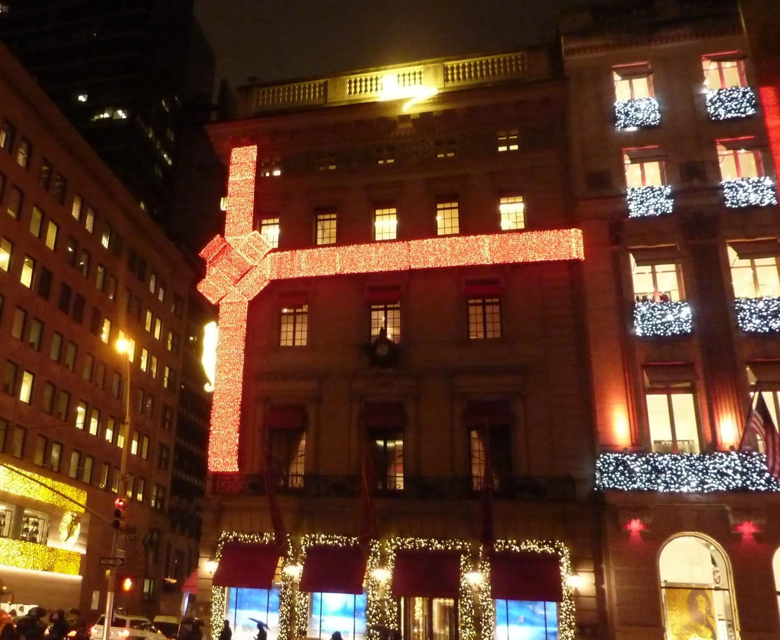 #B39C18 L' Esprit De Noël à New York #1: Les Vitrines Et Les  5469 decorations de noel new york 1600x1312 px @ aertt.com