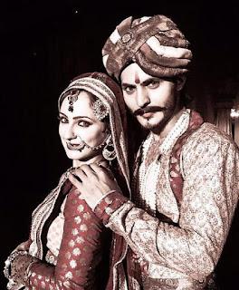 Ravi Bhatia dan Lavina Tandon Pacaran