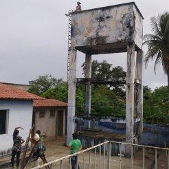 ALAGOAS: Mulher com problemas mentais pula de caixa d'água e morre em Igreja Nova
