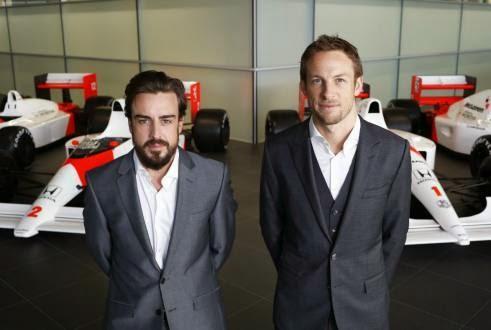 Alonso y Button firmaron para el equipo McLaren-Honda
