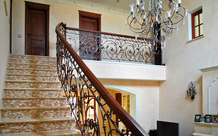 Interior stairs creative designs and ideas that will for Round staircase designs interior
