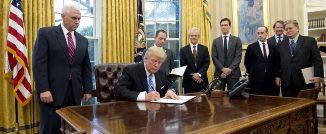 David French 🔴 Administrația Trump nu 'dezumanizează' transgenderii americani